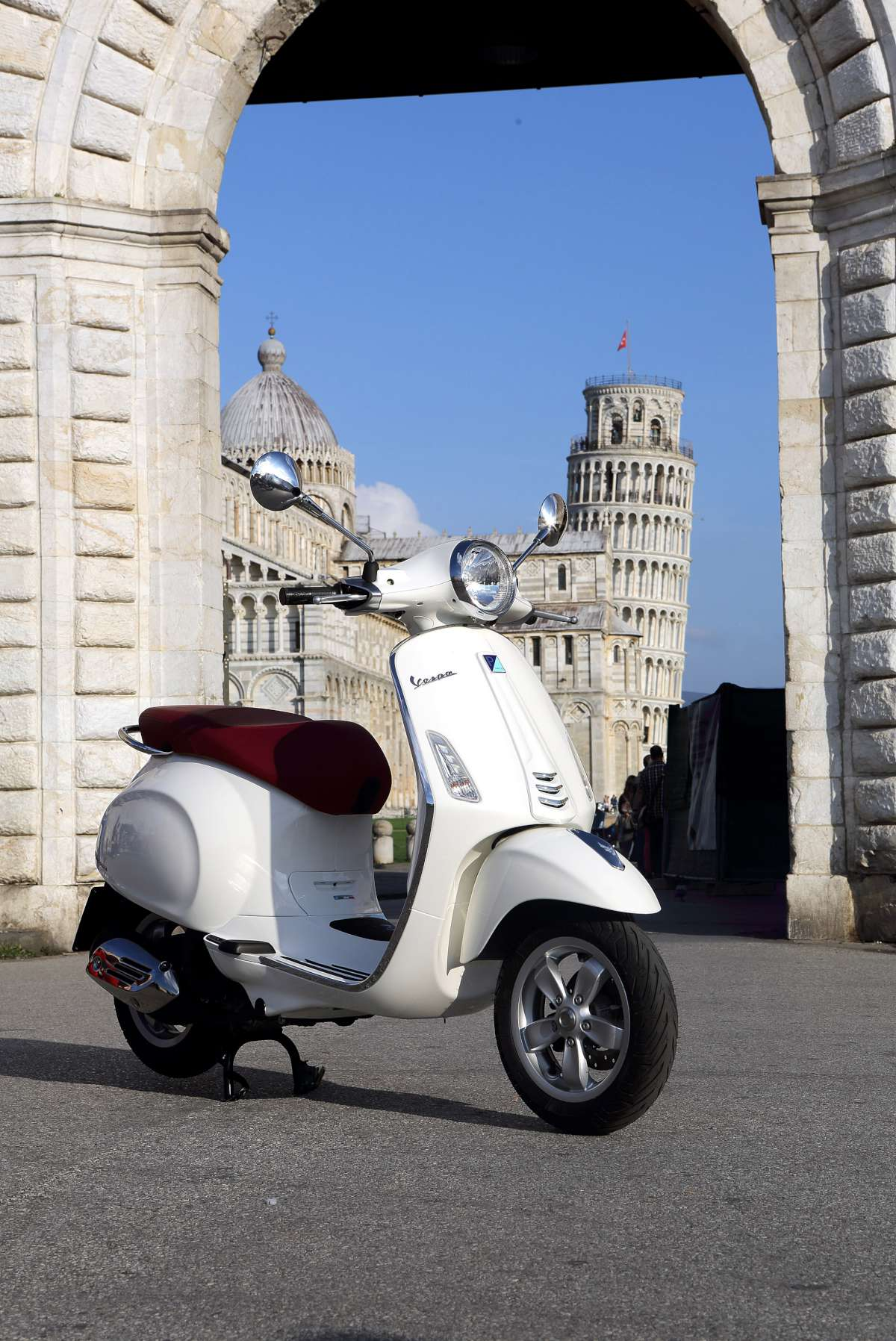 049-Vespa-Primavera-W1200