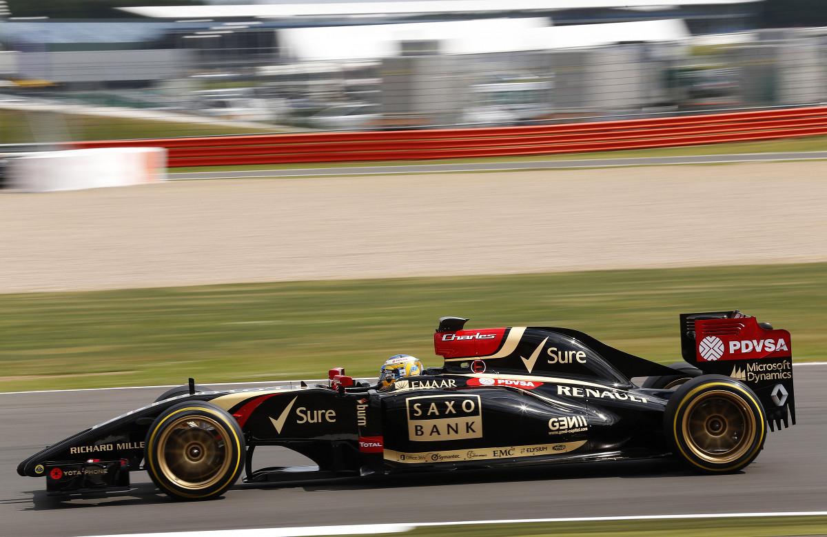 pirelli-18inch-14-pic-silverstone-test