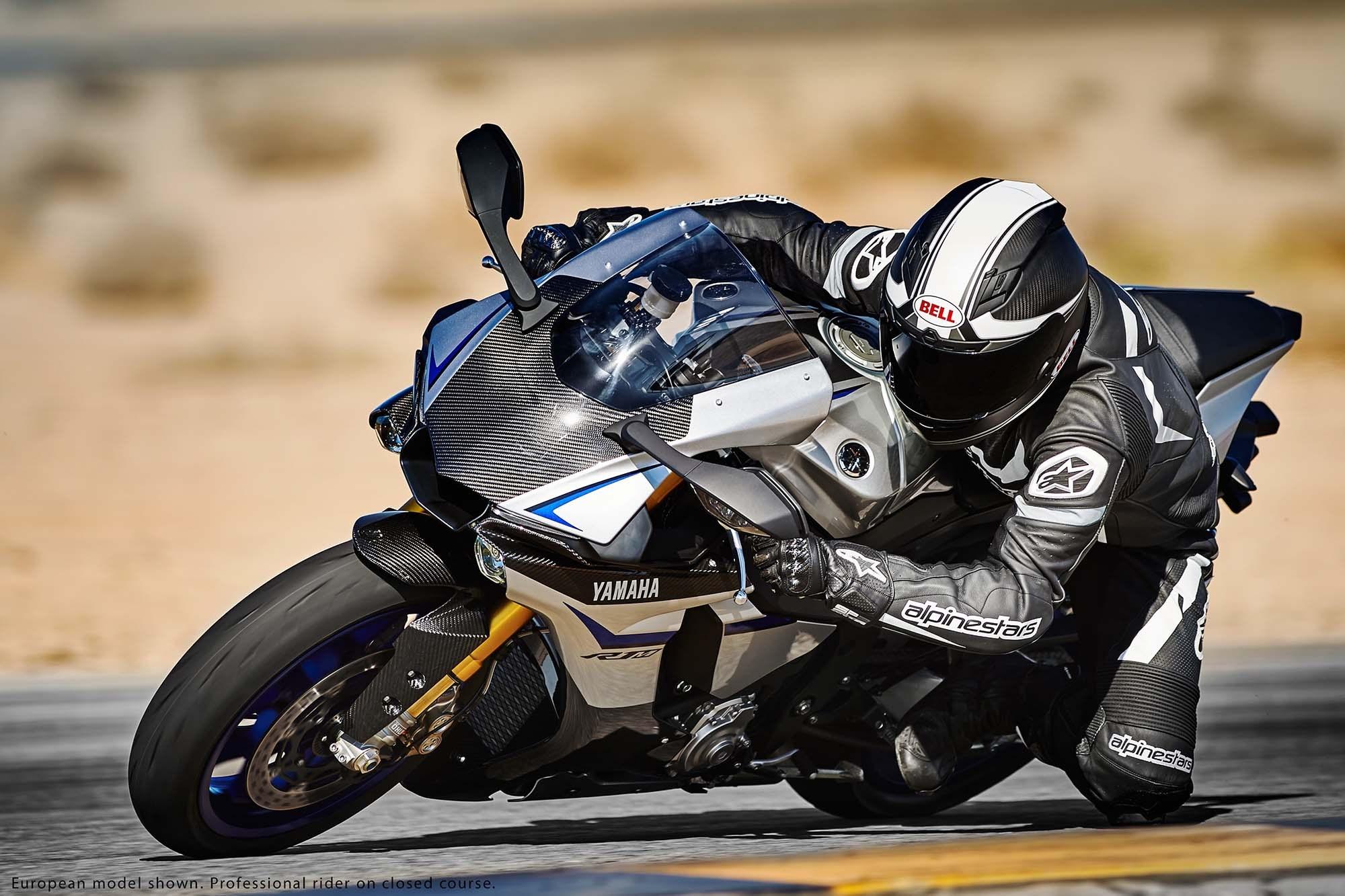 [Imagem: 2015-Yamaha-YZF-R1M-06.jpg]