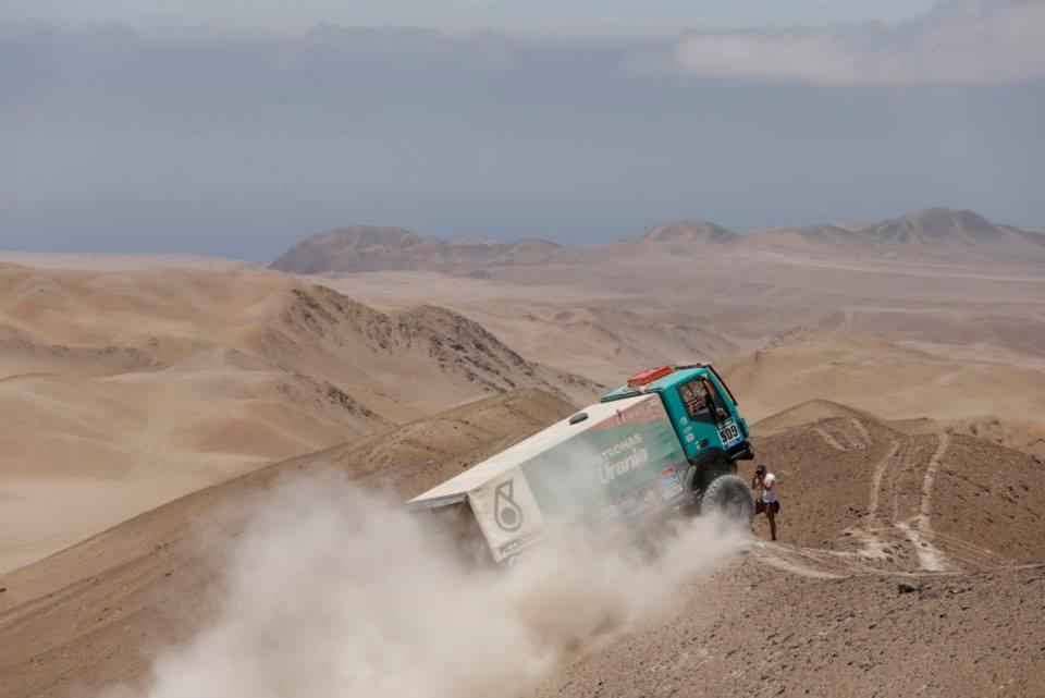 dakar-15-trucks-2