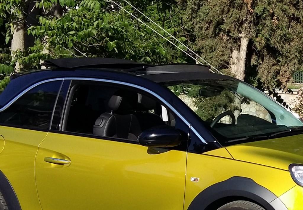 Opel Adam Rocks2