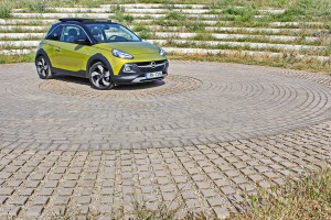 Opel Adam Rocks 1