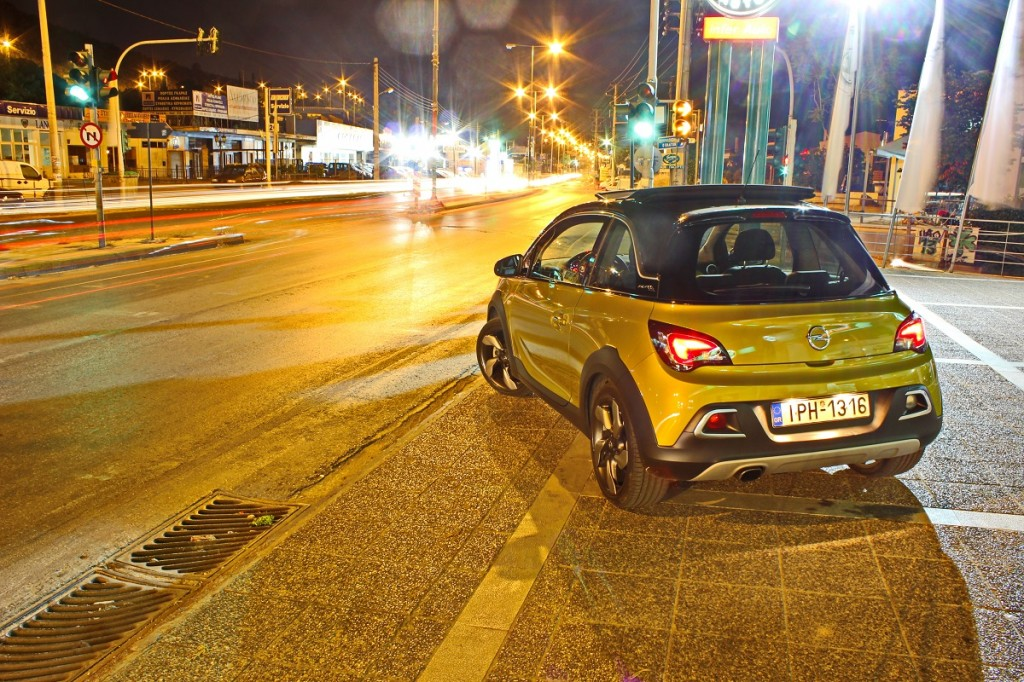 Opel Adam Rocks 14