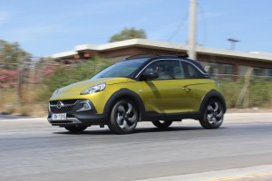 Opel Adam Rocks 4