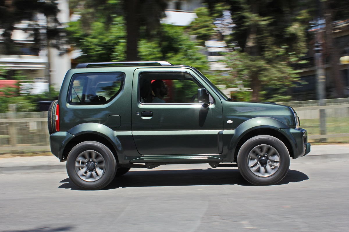 motornews test suzuki jimny 1 3 vvt i. Black Bedroom Furniture Sets. Home Design Ideas