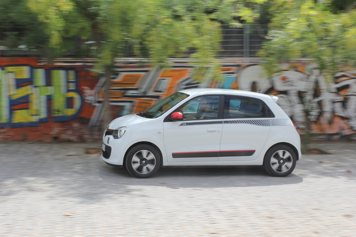 motornews test renault twingo 1 0 sce in touch. Black Bedroom Furniture Sets. Home Design Ideas