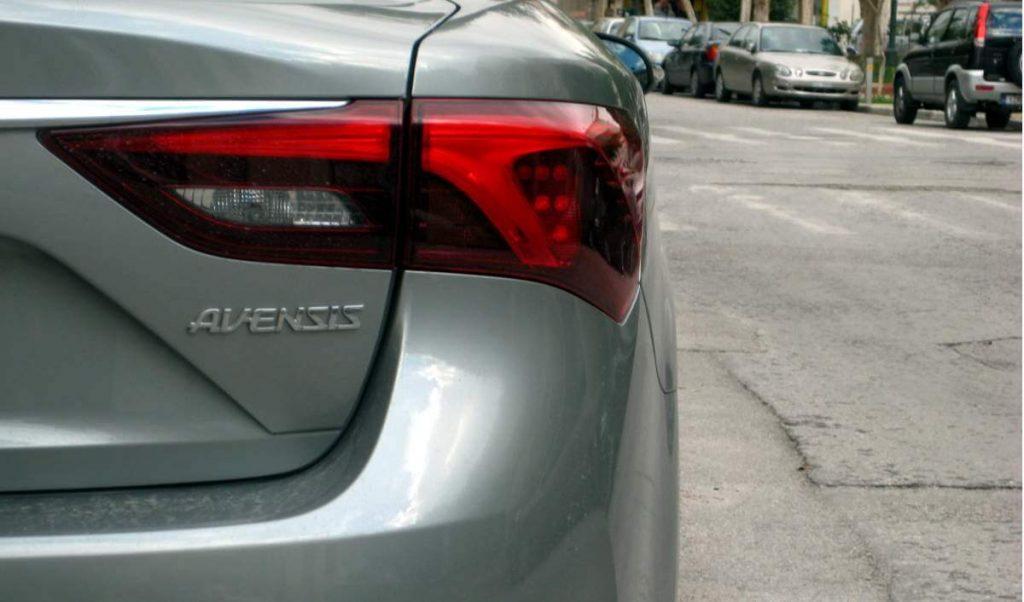 Toyota Avensis 1.6 d-4d 11