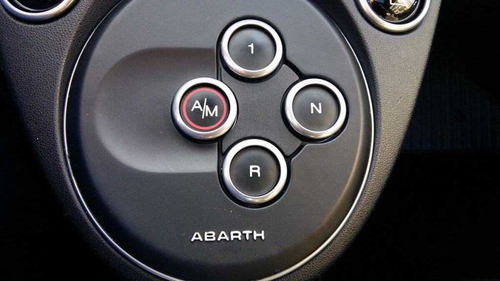 Motornews-livetest-Abarth595-3