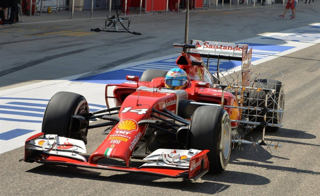 alonso-bahrain-test-middle-14
