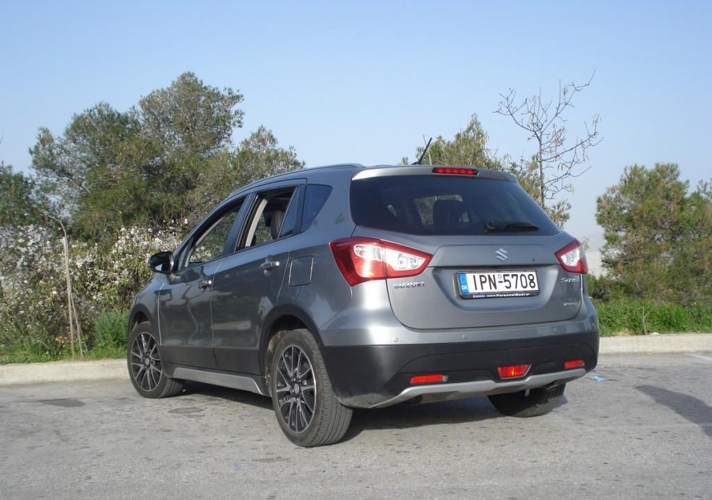 Suzuki Scross LT7
